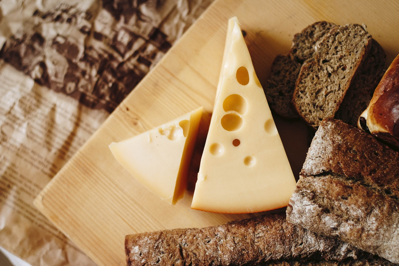 Cheese Calories, Traditional Cheeses and Their Calories