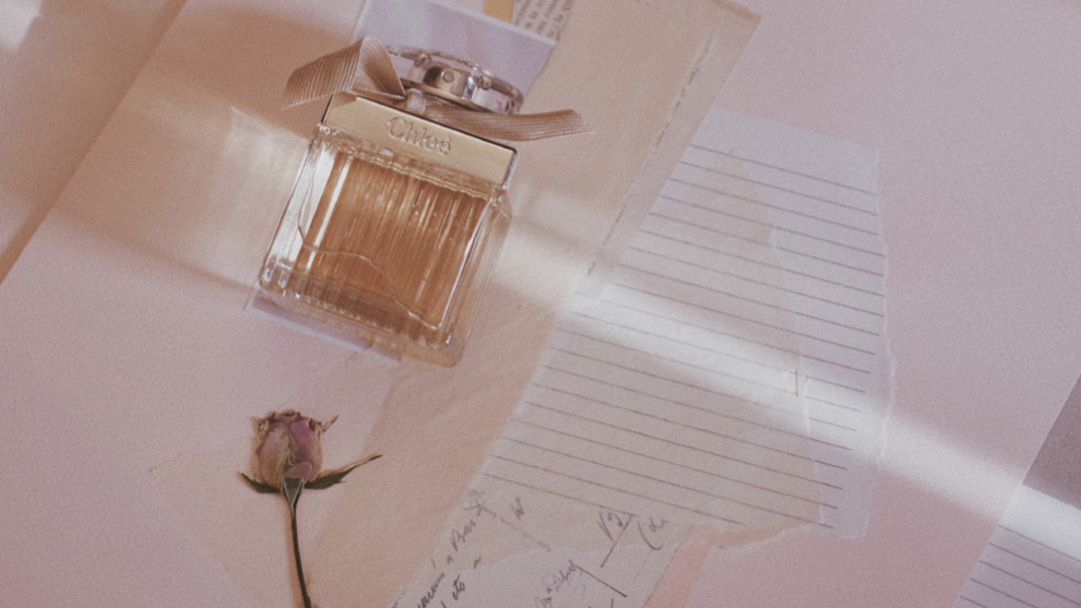 A perfume, the perfect gift for mother's day